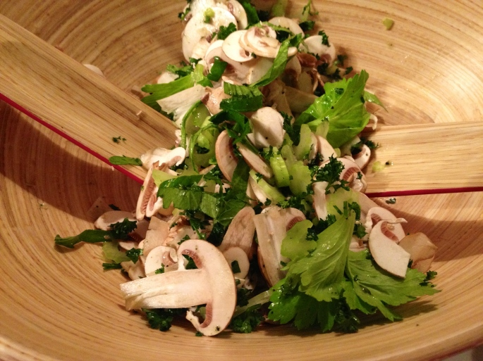 Champignons de Paris - salad toss